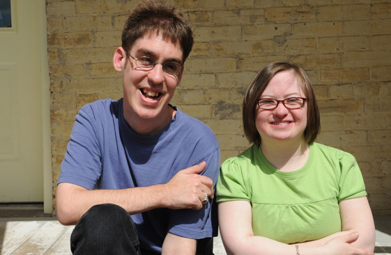 Andrew et Gemma (The ABLE Network)